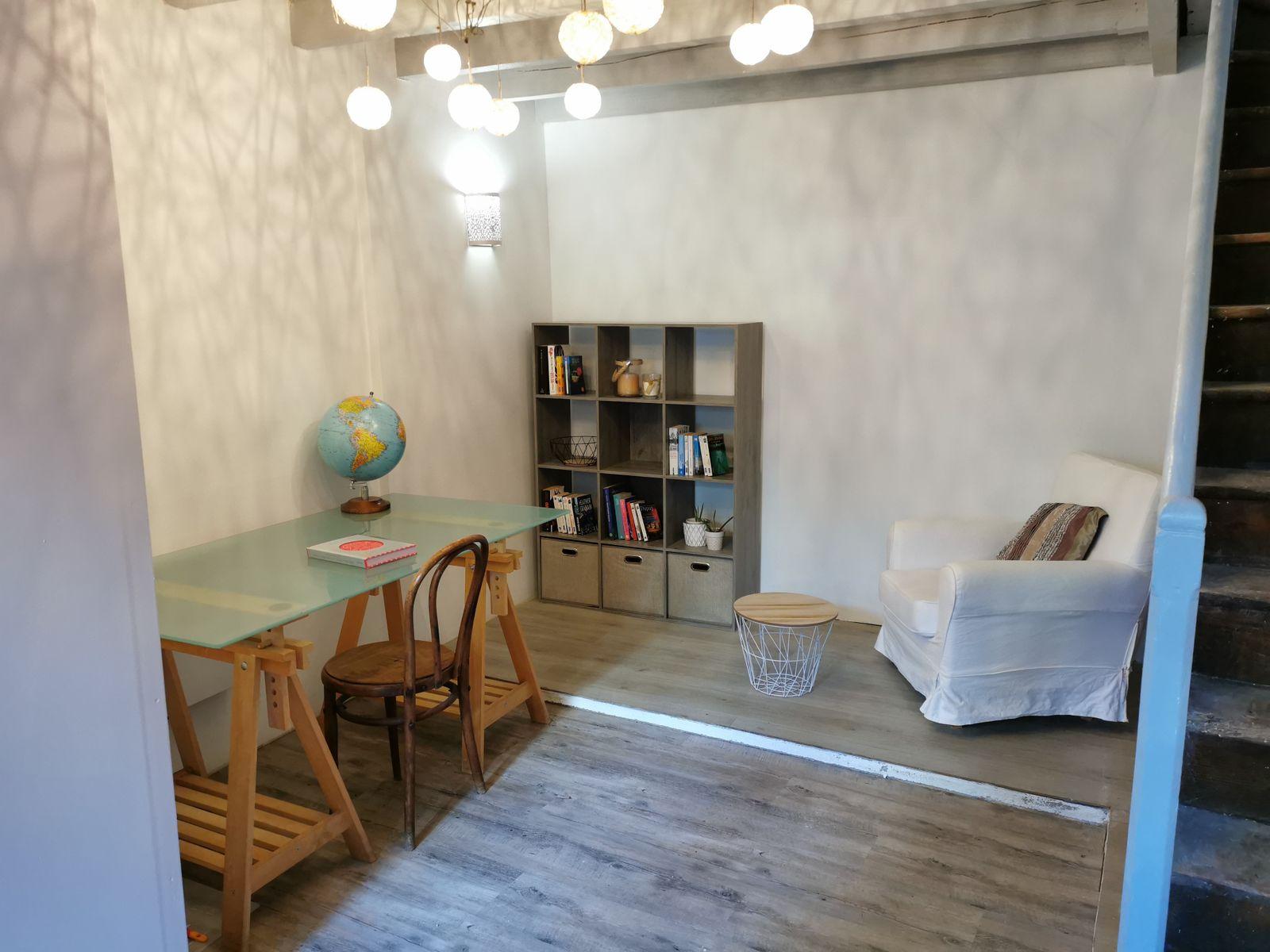 Maison meublée hyper centre refaite à neuf de 3  pièces  à Angoulême image nº4